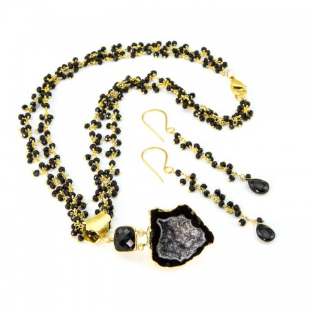 Black Geode Pendant and black-geode-pendant and Spinel Gemstone Gold Chain Necklace and Earrings