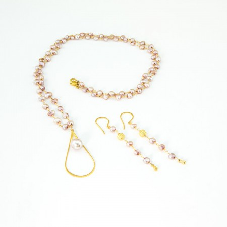 Pink Pearl Necklace and Earrings by La Isla Jewelry