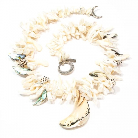 White Pearlescent Mother of Pearl Lei