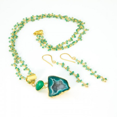 Green Geode Pendant and and Chrysoprase Gemstone Gold Chain Necklace and Earrings