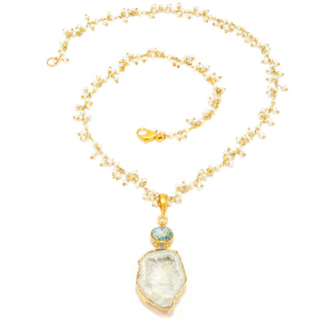 White Geode Pendant with Pearl Gold Chain Necklace