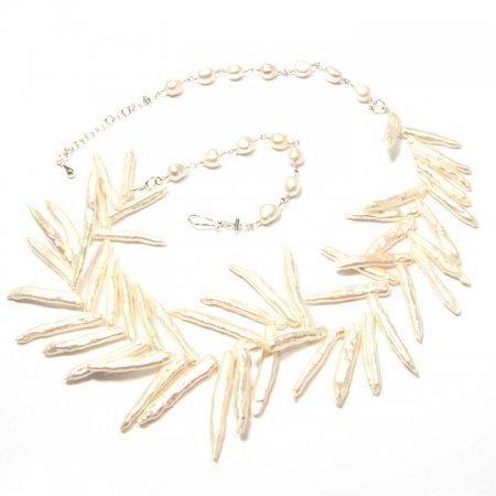 White Stick Pearl Lei Necklace